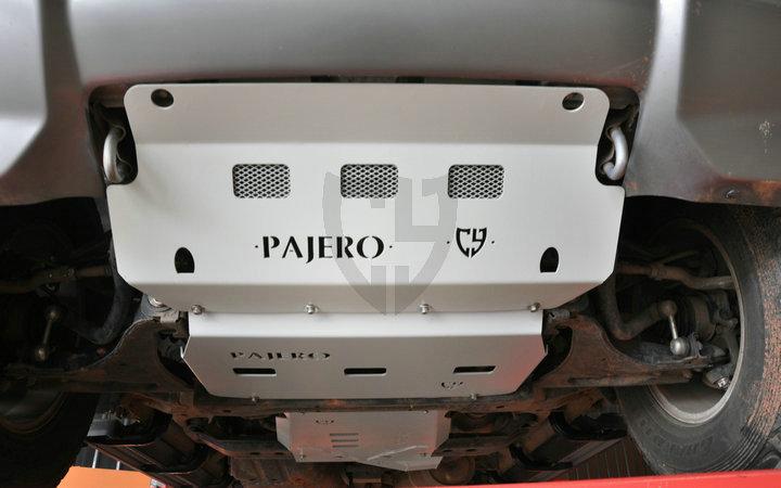 三菱 帕杰罗 V73  V75V77护板 底盘护板【CY】